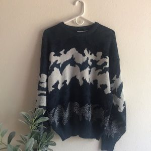 Vintage mountain sweater